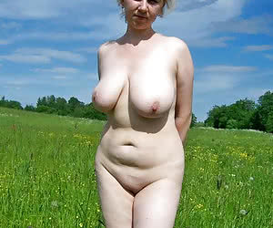 Category: chubby naturists