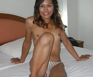 Amateur ladyboy sucks a cock and take it in her ass
