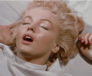 Category: marilyn monroe animated GIFs