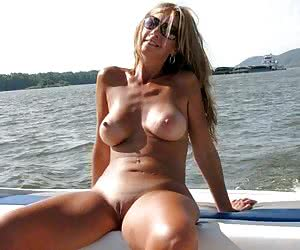 Category: girls and boats