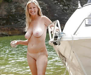 Related gallery: milfs-and-gilfs (click to enlarge)