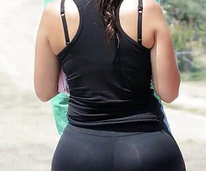 Category: wide hips