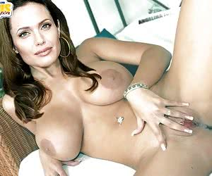 Angelina Jolie is the hottest bitch on the planet