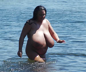 Chubby naturists with huge breasts