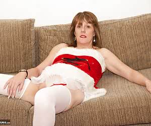 Back to the Archives for this Set Shot back in November 2013 and Its coming up to Christmas so heres a few Hot Pics of P
