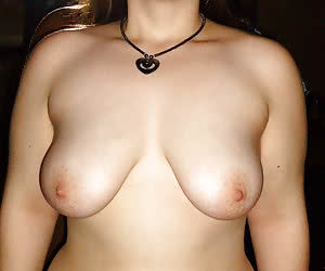 Fat amateurs with big tits after the midnight