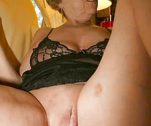 Category: granny bbw