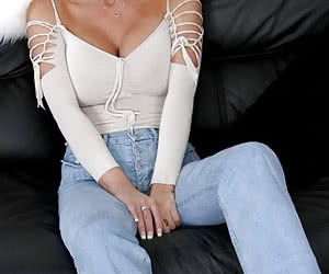 Tight Jeans