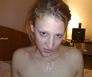Girlfriend Swallows Cum After Fucking On The Couch