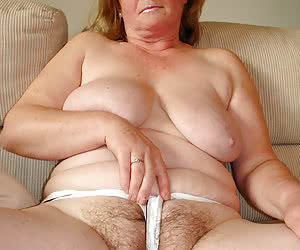 Category: mature bbw