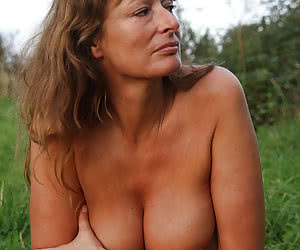 Outdoor Mature, Mature Outdoor Sex, Mature Outdoor Porn