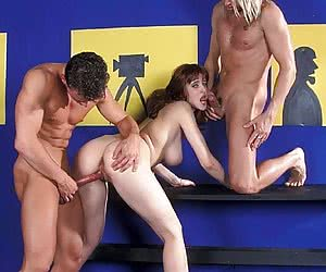Two guys to fuck her nice