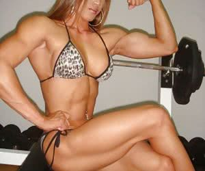 Naked Muscle Girls