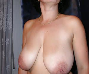 Category: natural tits