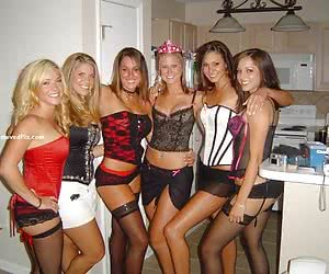 Sexting pictures of real life girl next door posing at home
