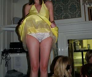 Candid panty and upskirt voyeur shots taken in public places pics