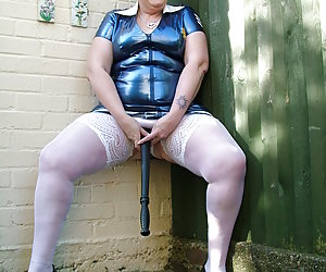 I just luv dress up and pvc is always on top of my list. Would you like me to cum and arrest you