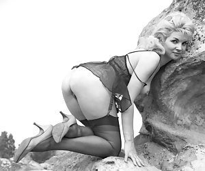 Incredibly hot pictures of women wearing vintage lingerie who enjoy showing their hot bodies