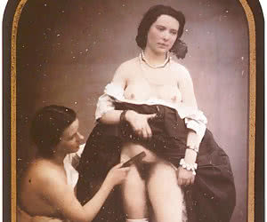Vintage erotic pics with pretty ladies showing their bodies.