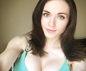 Category: amouranth