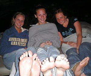 Sweet Girls Feet
